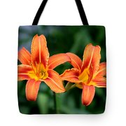 2 Flowers In Side By Side Tote Bag