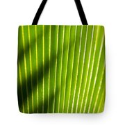Leaf Close-up Tote Bag