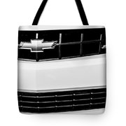 2010 Chevrolet Nickey Camaro Ss Grille Emblem -0078bw Tote Bag