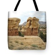 Entrada Sandstone Hoodoos Devil's Garden Tote Bag