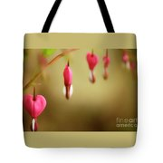 Old-fashioned Bleeding Heart Tote Bag