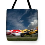 737 Maryland On Take-off Roll Tote Bag