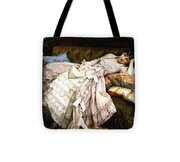 A Reclining Beauty Tote Bag