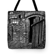 Abandoned Country Barn Tote Bag