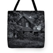 Abandoned Home In Lubec Maine Bw Version Tote Bag