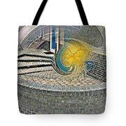 Abstract Entrada Twirl Break Tote Bag