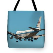 Air Force One On Final Approach Into Charleston South Carolina Tote Bag