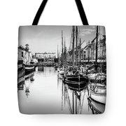 All Quiet In Nyhavn Tote Bag