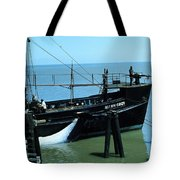 Allen Cody Of The Del Monte Fishing Co. And A Fin Whale 1967 Tote Bag