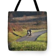 Amish Country Horse And Buggy In Autumn Tote Bag