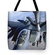 An F-15e Strike Eagle Refuels Over Iraq Tote Bag by Stocktrek Images