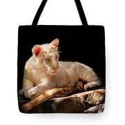 Animal - Cat - A Baby Snow Tiger Tote Bag