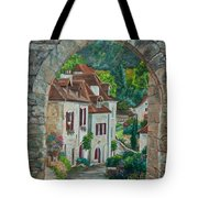 Arch Of Saint-cirq-lapopie Tote Bag