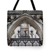 Arches In Front Of The Courts Tote Bag