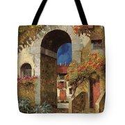 Arco Al Buio Tote Bag