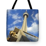 Audience Sculpture And The Cn Tower Tote Bag