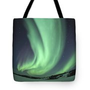 Aurora Borealis Over Prosperous Lake Tote Bag