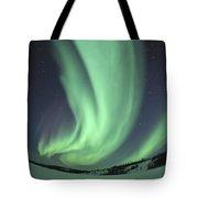 Aurora Borealis Over Prosperous Lake Tote Bag