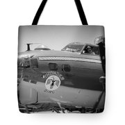 B-17 Taxiing For Departure Tote Bag