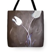 B And W Tulips Tote Bag