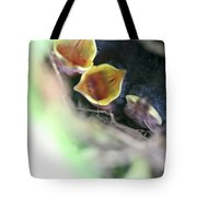 Baby Wrens In The Flowers 338 Tote Bag