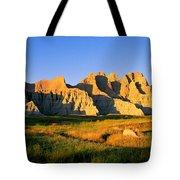 Badlands Buttes, South Dakota Tote Bag
