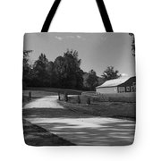 Barn At Yonah Mountain In Black And White 1 Tote Bag