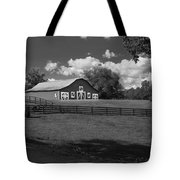 Barn At Yonah Mountain In Black And White 4 Tote Bag