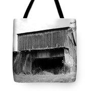 Barn In Kentucky No 79 Tote Bag