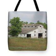 Barn In The Field 948 Tote Bag