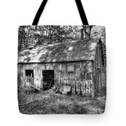 Barn In The Ozarks B Tote Bag
