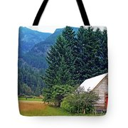 Barn With Red Door Tote Bag