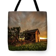 Basking In The Glow - Old Barn At Sunset In Oklahoma Panhandle Tote Bag