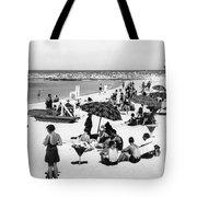 Beach Scene At Cape Cod Tote Bag