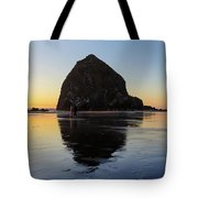 Beachcombers By Haystack Rock In Cannon Beach Tote Bag