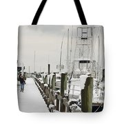 Beaufort Mother With Child In Snow Tote Bag