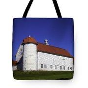 Beautiful Red Roof Barn Tote Bag