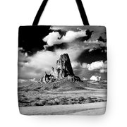 Between Monument Valley And Canyon De Chelley Tote Bag