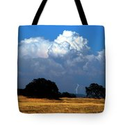 Billowing Thunderhead Tote Bag by Frank Wilson