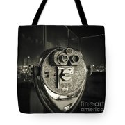 Binocular In New York City, Image In Grunge And Retro Style. Tote Bag