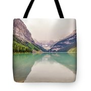 Blue-green Waters Of Lake Louise Tote Bag