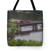 Bnsf Train 6686 A Tote Bag
