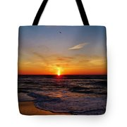 Breaking The Horizon 2 412 Tote Bag
