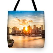 Brooklyn Bridge And The Lower Manhattan Skyline At Sunset Tote Bag