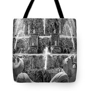 Buckingham Fountain Closeup Black And White Tote Bag