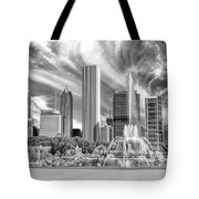 Buckingham Fountain Skyscrapers Black And White Tote Bag