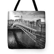 Busy Ha'penny Bridge 2 Bw Tote Bag