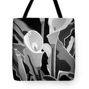 Calla Lilies Bw Tote Bag