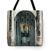 Calle Tapachula - 2 Doors Open Tote Bag