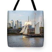 Canary Wharf 5 Tote Bag